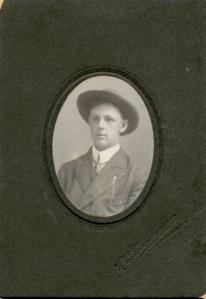 Farmer and engineer Herbert John Schappler (personal collection of Karen Barton).